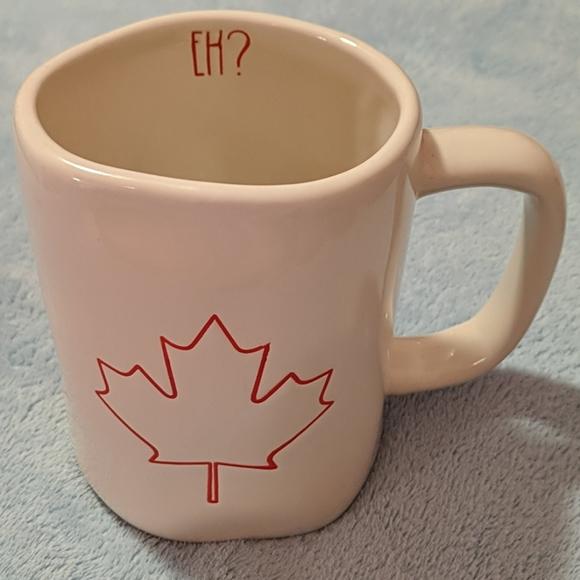 Rae Dunn Other - Rae Dunn Maple Leaf Mug